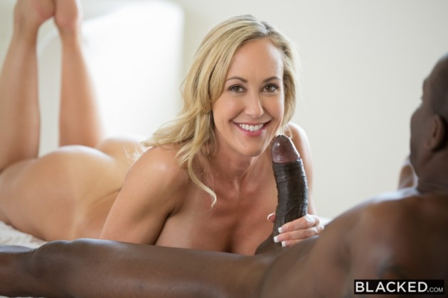 Fotos de sexo do bangbros de sexo Interracial com dotado